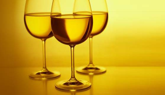 white_wine_glasses